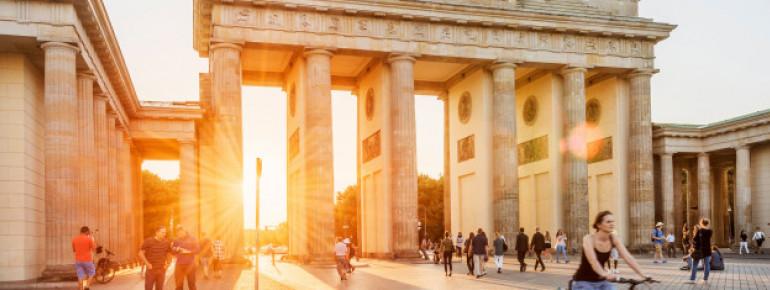 Das Brandenburger Tor ist das kulturelle Wahrzeichen von Berlin.