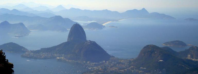 Der Zuckerhut ist das Wahrzeichen von Rio de Janeiro.