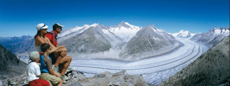 Wandern am Großen Aletschgletscher